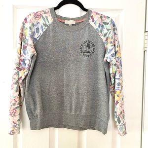 Adorable billabong light sweatshirt w/ floral